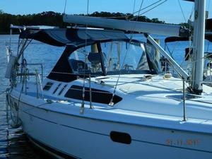 Used Hunter 380 Racer and Cruiser Sailboat For Sale