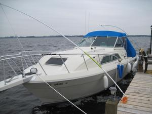 Used Chris-Craft 294 Catalina Express Cruiser Boat For Sale