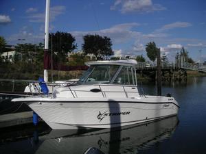 Used Seaswirl Striper 2101 Walkaround I/O Freshwater Fishing Boat For Sale