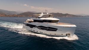 New Numarine 32 XP Motor Yacht For Sale