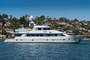 Used Crescent 115 Tri-deck Cockpit Westport Motor Yacht For Sale