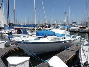 Used Striker Sportfish Express Cruiser Boat For Sale