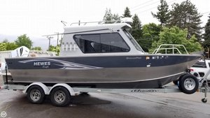 Used Hewescraft 24 Ocean Pro Aluminum Fishing Boat For Sale