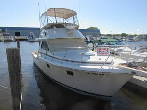 Used Chris-Craft 360 Commander Cruiser Boat For Sale