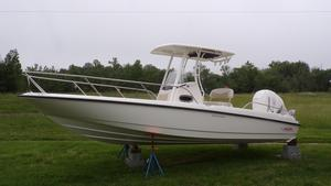 New Boston Whaler 240 Dauntless Saltwater Fishing Boat For Sale