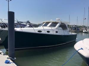 Used Mariner Seville Express Cruiser Boat For Sale