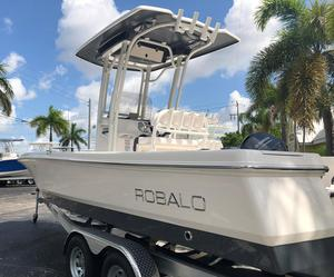 Used Robalo 226 Cayman Saltwater Fishing Boat For Sale