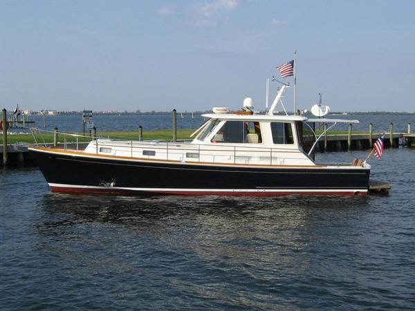 Used Grand Banks 43 Eastbay HX Express Cruiser Boat For Sale