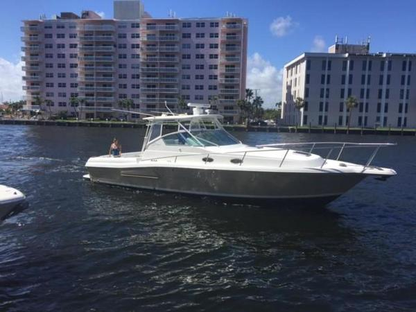 Used Stamas 370 Express Saltwater Fishing Boat For Sale