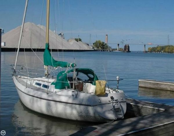 Used Contest 30 Racer and Cruiser Sailboat For Sale