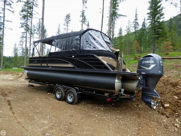 Used Bennington R 25 Pontoon Boat For Sale