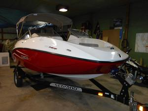 Used Bombardier 180 Challenger SE High Performance Boat For Sale