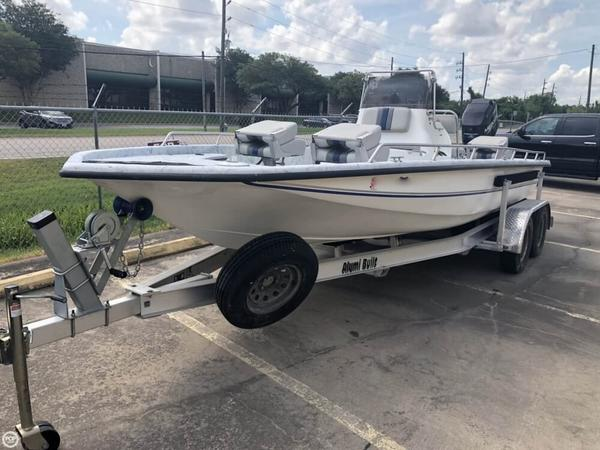 Used Galaxie 22 Center C Center Console Fishing Boat For Sale