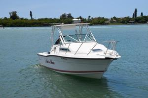 Used Wellcraft 2600 Express Cabin Cuddy Cabin Boat For Sale