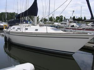 Used Pearson 39-2 Cruiser Sailboat For Sale