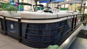New Aqua Patio 259 CBD Pontoon Boat For Sale
