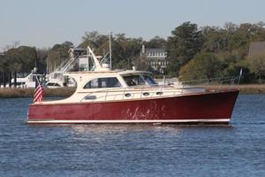 Used Vicem 42 Classic Motor Yacht For Sale