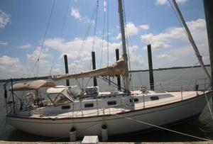 Used Tartan 3800 Racer and Cruiser Sailboat For Sale