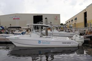 Used Twin Vee 260 GF Power Catamaran Boat For Sale