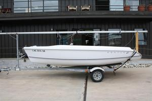 Used Hunter 170 Daysailer Boat For Sale
