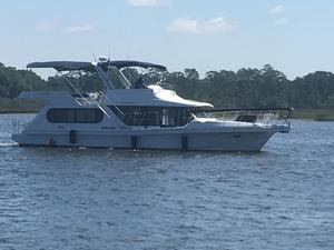 Used Bluewater Yachts 48 Houseboat Motor Yacht For Sale