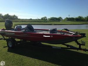 Used Bass Tracker Pro 175TXW Bass Boat For Sale