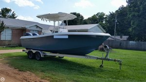 Used Clearwater 2300 CC Center Console Fishing Boat For Sale