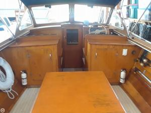 Used Lyman 25 sleeper Antique and Classic Boat For Sale