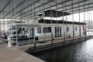 Used Horizon 65x16 House Boat House Boat For Sale
