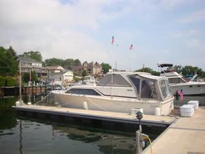 Used Pacemaker 30 Express Cruiser Boat For Sale