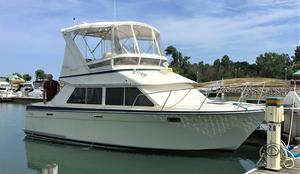 Used Tollycraft 30 Sport Cruiser Sports Cruiser Boat For Sale