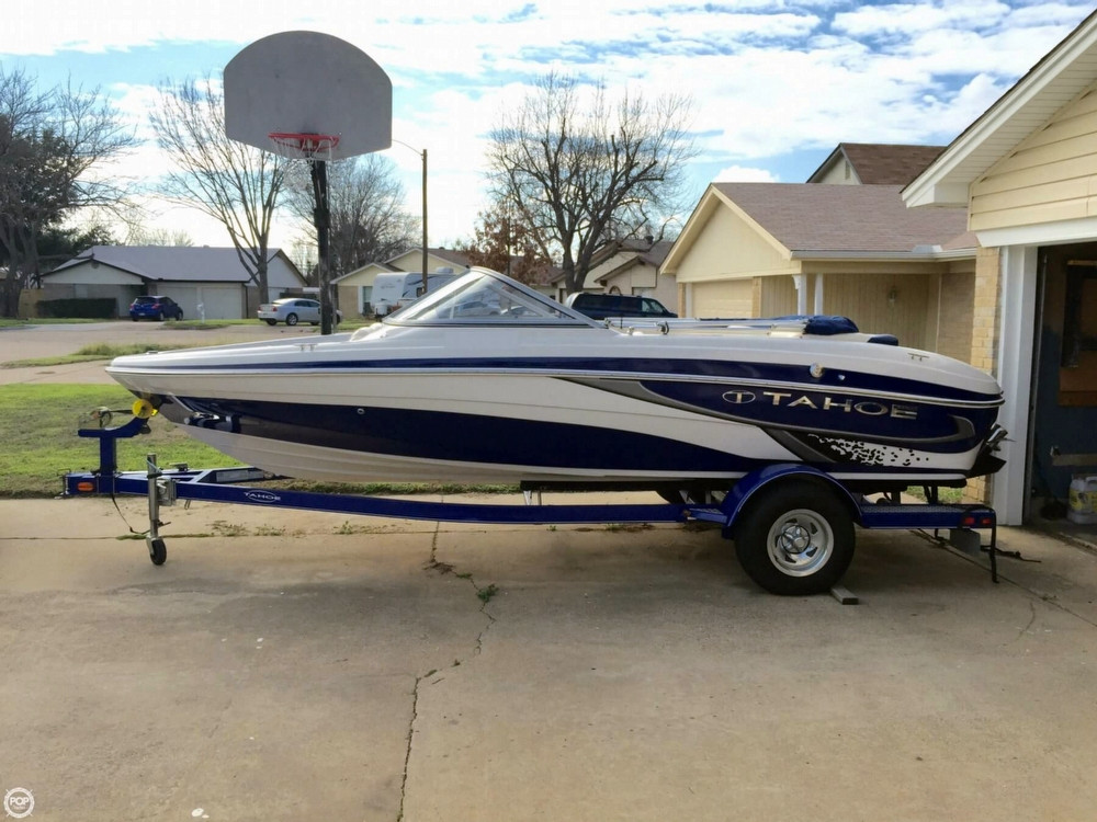 Used Tahoe 19 Q5i Ski and Wakeboard Boat For Sale