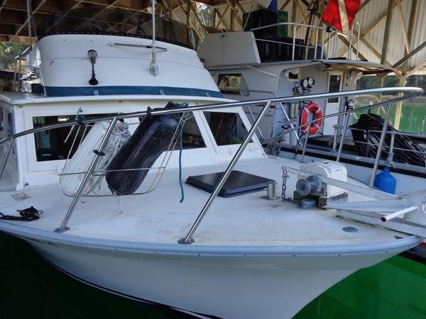 Used Luhrs Power Sports Fishing Boat For Sale