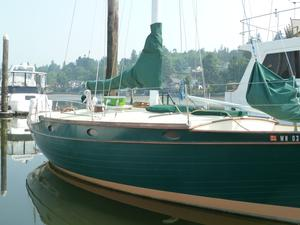 Used Ericson 36C Cruiser Sailboat For Sale