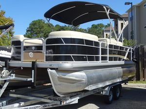 New Sweetwater SW 2286 FC Sport Pontoon Boat For Sale