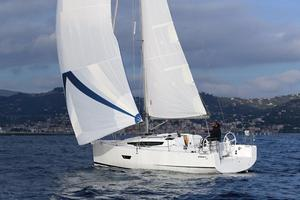 Used Elan E3 Racer and Cruiser Sailboat For Sale