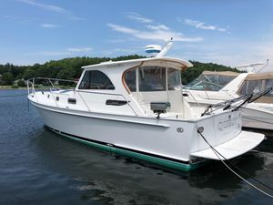 Used Legacy Yachts Sport Express Downeast Fishing Boat For Sale