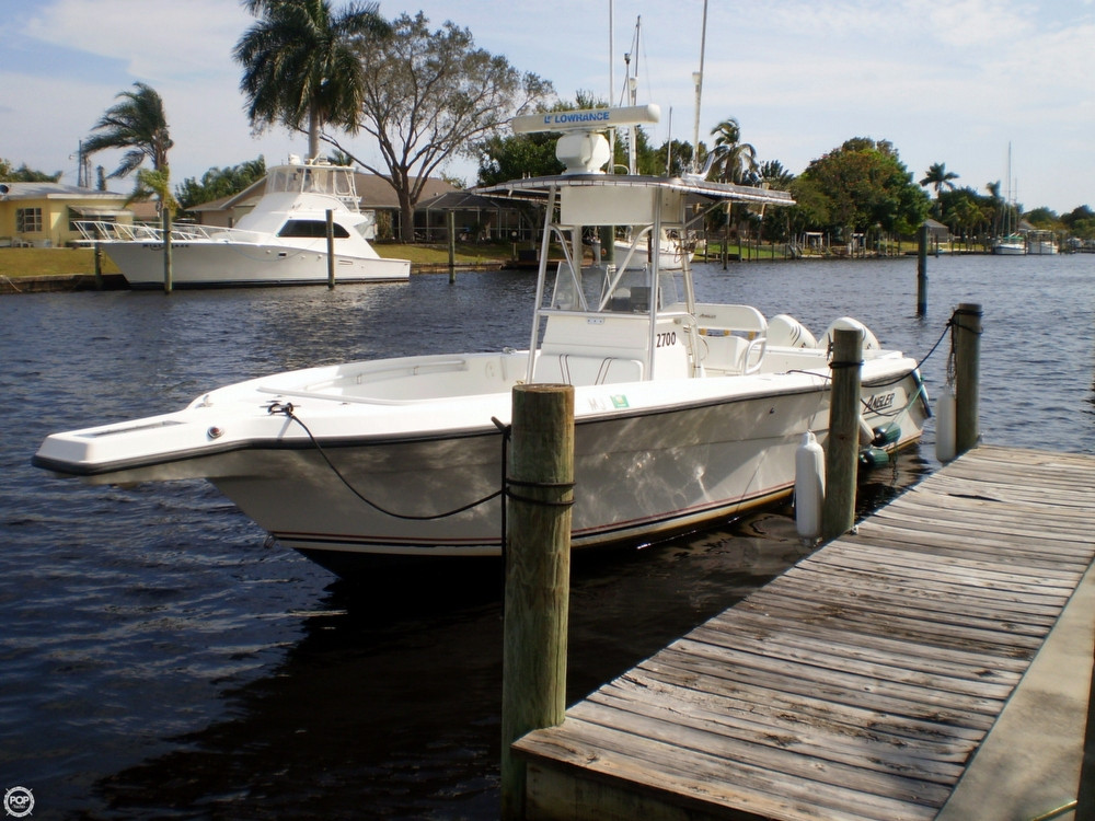 2003 used angler 2700 center console center console for Angler fishing boat