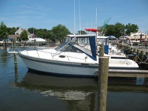 Used Luhrs 27 Alura With 40 HRS SMOH Cruiser Boat For Sale