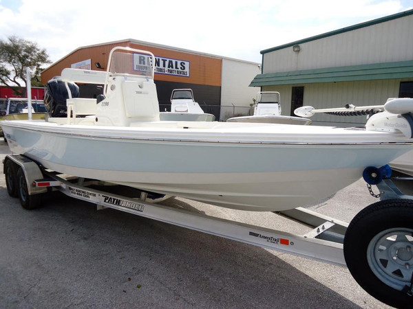 New Pathfinder 2200 TE Bay Boat For Sale