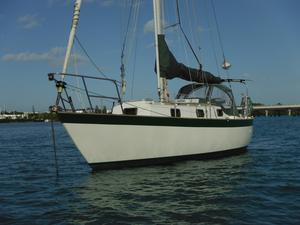 Used Victoria 30 Sloop Sailboat For Sale