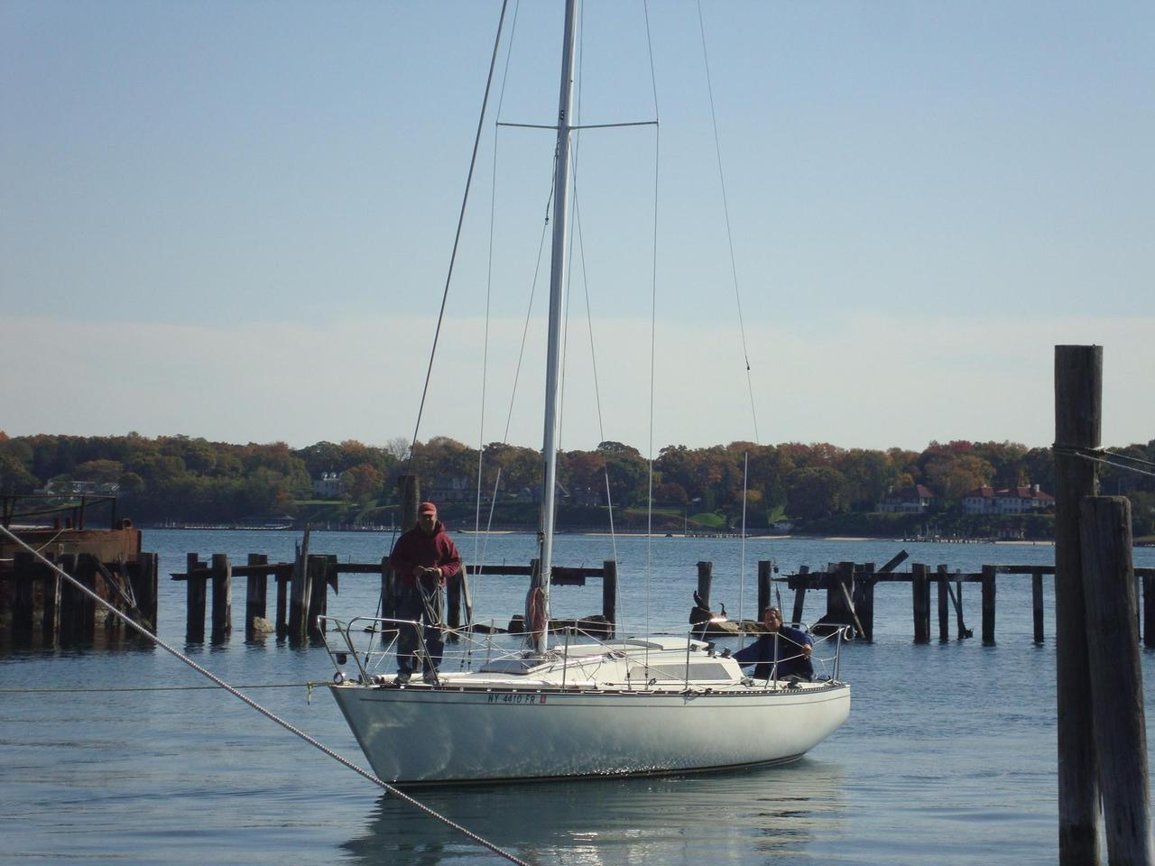 1984 Used Abbott 33 Racer and Cruiser Sailboat For Sale