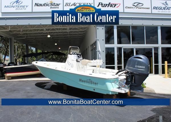 New Nauticstar 215 XTS Center Console Fishing Boat For Sale