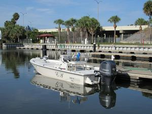 Used Pathfinder 2400 Tournament Edition Center Console Fishing Boat For Sale