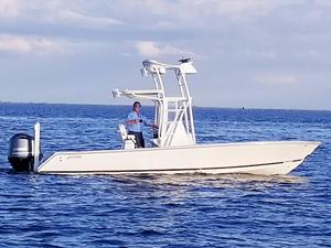 New Jupiter 25 Bay Center Console Fishing Boat For Sale