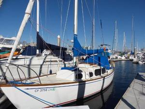 Used Columbia Yacht Cruiser Sailboat For Sale