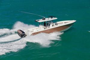 Used Sea Vee 2015 Center Console Fishing Boat For Sale