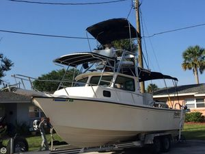 Used Parker Marine 2520 Sport Cabin Pilothouse Boat For Sale