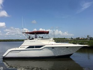 Used Cruisers Yachts 4280 Express Bridge Express Cruiser Boat For Sale