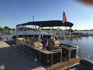 Used Harris Flotetbote Cruiser 220 Pontoon Boat For Sale